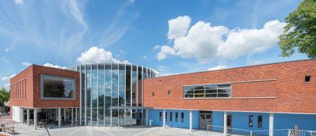 Bouw multifunctionele ontmoetingsruimte De Kloosterhof in Weurt