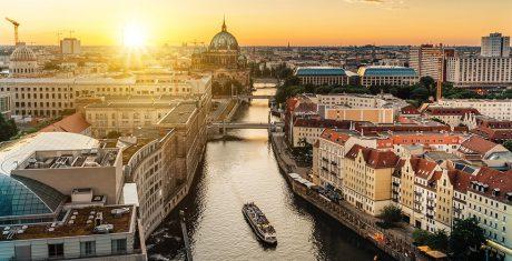 JVZ Ingenieurs is 10 & 11 oktober gesloten wegens 35-jarige jubileumreis naar Berlijn!